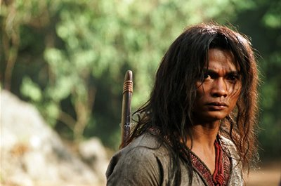 Ong-Bak-2-movie-pose