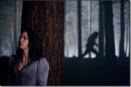 The_Wolfman-12-Benicio_Del_Toro-Emily_Blunt-Anthony_Hopkins-Hugo_Weaving